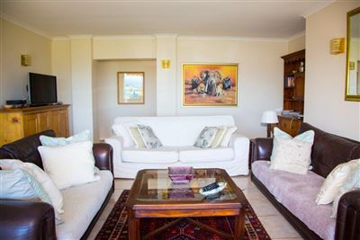 Camps Bay property to rent. Ref No: 13372171. Picture no 6