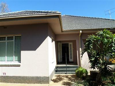 Parys property for sale. Ref No: 13400332. Picture no 1