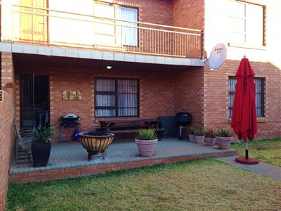 Bloemfontein, Lilyvale Property  | Houses For Sale Lilyvale, Lilyvale, House 2 bedrooms property for sale Price:985,800