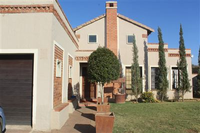Rustenburg, Waterkloof East Property  | Houses For Sale Waterkloof East, Waterkloof East, Townhouse 3 bedrooms property for sale Price:1,490,000