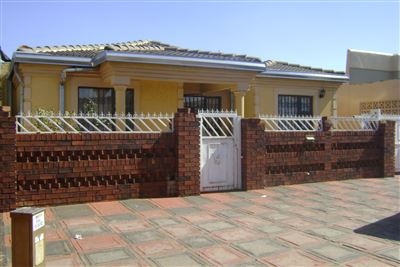 Soweto, Protea Glen Ext 1 Property  | Houses To Rent Protea Glen Ext 1, Protea Glen Ext 1, House 3 bedrooms property to rent Price:,  5,00*