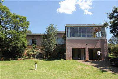 Constantia Kloof property for sale. Ref No: 13373684. Picture no 1