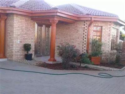 Bloemfontein, Vista Park Property  | Houses For Sale Vista Park, Vista Park, House 3 bedrooms property for sale Price:1,200,000