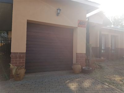 Rustenburg, Cashan Property  | Houses To Rent Cashan, Cashan, Townhouse 3 bedrooms property to rent Price:,  8,20*