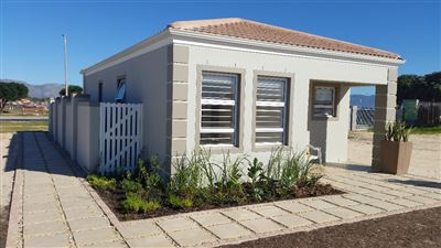 Strandfontein, Strandfontein Property  | Houses For Sale Strandfontein, Strandfontein, House 3 bedrooms property for sale Price:805,000