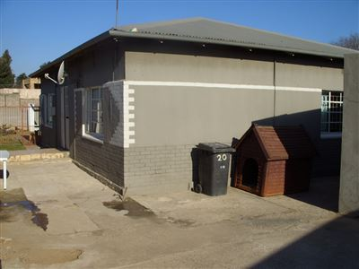 Florida & Ext property for sale. Ref No: 13375838. Picture no 1