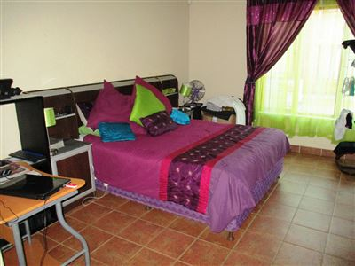 Bo Dorp property for sale. Ref No: 13375890. Picture no 12