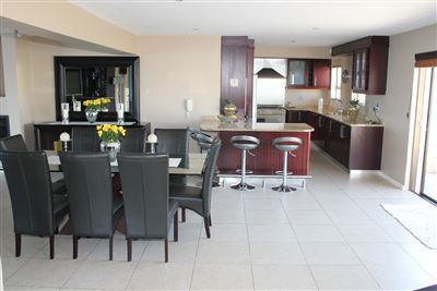 Calypso Beach property for sale. Ref No: 13235063. Picture no 8