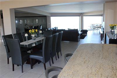 Calypso Beach property for sale. Ref No: 13235063. Picture no 10