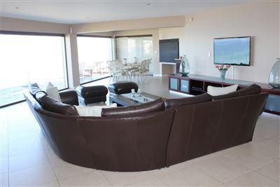 Calypso Beach property for sale. Ref No: 13235063. Picture no 13