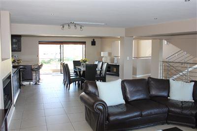 Calypso Beach property for sale. Ref No: 13235063. Picture no 22