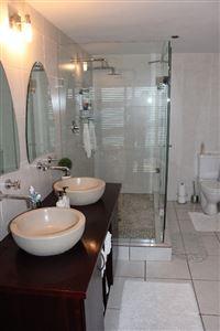 Calypso Beach property for sale. Ref No: 13235063. Picture no 23