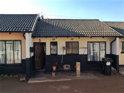 Soweto, Protea Glen Ext 1 Property  | Houses For Sale Protea Glen Ext 1, Protea Glen Ext 1, House 2 bedrooms property for sale Price:300,000