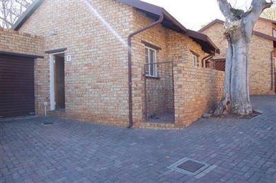 Rustenburg, Safari Gardens Property  | Houses To Rent Safari Gardens, Safari Gardens, Townhouse 2 bedrooms property to rent Price:,  5,70*
