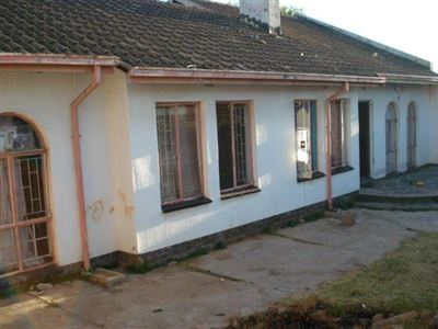 Roodepoort West & Ext property for sale. Ref No: 13380409. Picture no 1