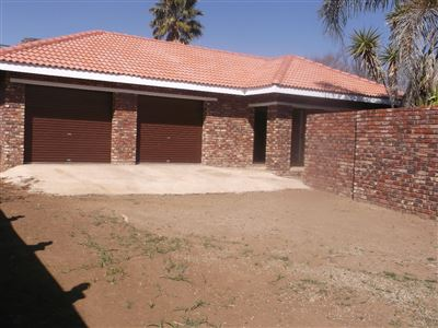 Klerksdorp, Flimieda Property  | Houses For Sale Flimieda, Flimieda, Townhouse 2 bedrooms property for sale Price:590,000