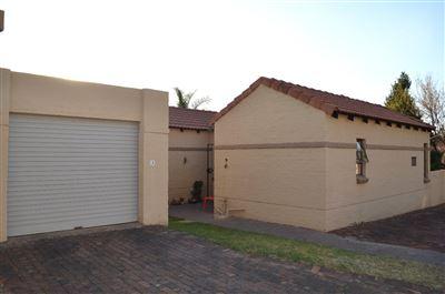 Eldoraigne property for sale. Ref No: 13380152. Picture no 1