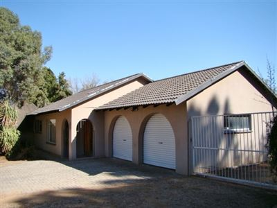 Klerksdorp, Neserhof & Ext Property  | Houses For Sale Neserhof & Ext, Neserhof & Ext, House 3 bedrooms property for sale Price:698,500