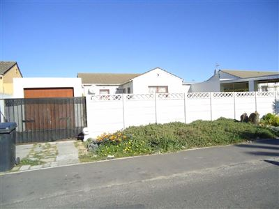 Brackenfell, Northpine Property  | Houses For Sale Northpine, Northpine, House 3 bedrooms property for sale Price:650,000