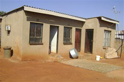 Johannesburg, Orange Farm Property  | Houses For Sale Orange Farm, Orange Farm, House 1 bedrooms property for sale Price:220,000