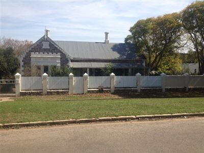 Grahamstown property to rent. Ref No: 13386154. Picture no 1