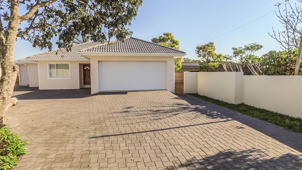 Perfect, Lock Up and Go, Brand New Home in Beacon Bay