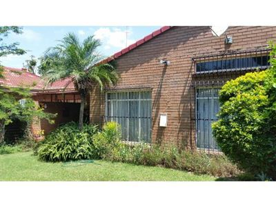 Pretoria, Willow Park Manor Property  | Houses For Sale Willow Park Manor, Willow Park Manor, Townhouse 2 bedrooms property for sale Price:845,000