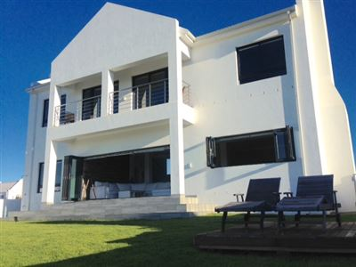Britannia Bay property for sale. Ref No: 13376360. Picture no 1