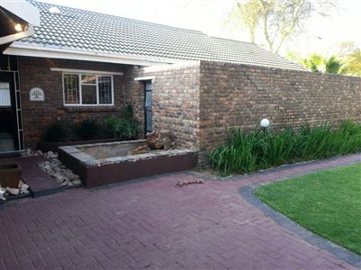 Pretoria, Theresapark Property  | Houses For Sale Theresapark, Theresapark, House 3 bedrooms property for sale Price:1,290,000