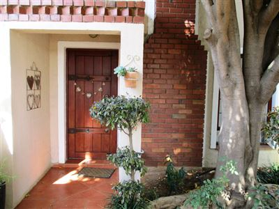 Waterval East property for sale. Ref No: 13382692. Picture no 2