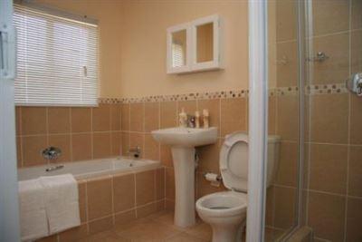 Johannesburg, Ormonde Property  | Houses To Rent Ormonde, Ormonde, Townhouse 1 bedrooms property to rent Price:,  4,00*