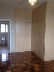 South End property to rent. Ref No: 13398422. Picture no 9
