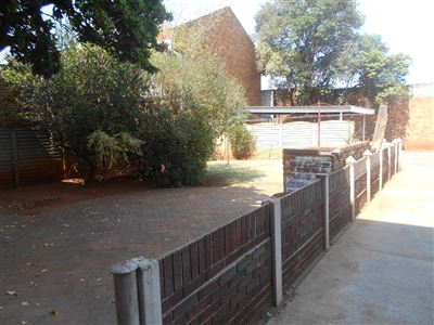 Potchefstroom Central property for sale. Ref No: 13383690. Picture no 1