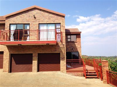 Bloemfontein, Pentagon Park Property  | Houses For Sale Pentagon Park, Pentagon Park, Townhouse 3 bedrooms property for sale Price:1,498,000