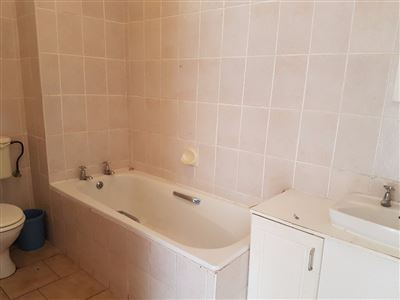 Kingsburgh property to rent. Ref No: 13384510. Picture no 11