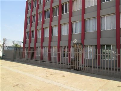 Middedorp property for sale. Ref No: 13384440. Picture no 1