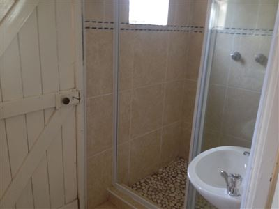 Grahamstown property to rent. Ref No: 13384736. Picture no 5
