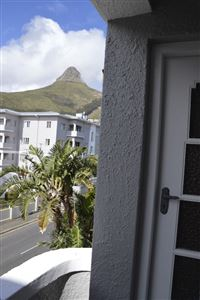 Sea Point property to rent. Ref No: 13385382. Picture no 8