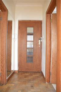 Sea Point property to rent. Ref No: 13385382. Picture no 2