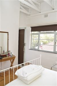 Sea Point property to rent. Ref No: 13385382. Picture no 5