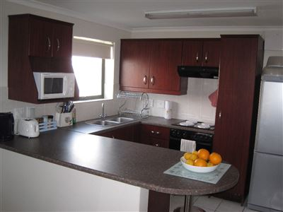 Fish Hoek, Fish Hoek Property    Houses To Rent Fish Hoek, Fish Hoek, Apartment 2 bedrooms property to rent Price:,  7,60*