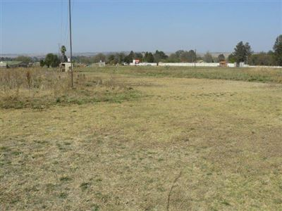 Farms for sale in Jackaroo Ah