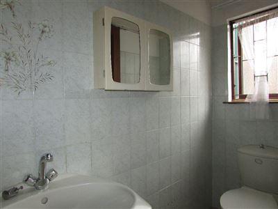 Umtentweni property for sale. Ref No: 13385878. Picture no 23
