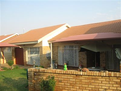 Stilfontein, Stilfontein Property  | Houses To Rent Stilfontein, Stilfontein, House 4 bedrooms property to rent Price:,  7,50*