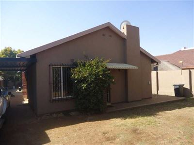 Johannesburg, Roseacres Property  | Houses For Sale Roseacres, Roseacres, House 3 bedrooms property for sale Price:1,150,000