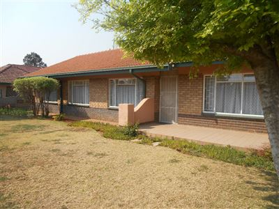 Potchefstroom Central property for sale. Ref No: 13386174. Picture no 1