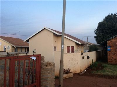 Soweto, Protea Glen Ext 2 Property  | Houses For Sale Protea Glen Ext 2, Protea Glen Ext 2, House 2 bedrooms property for sale Price:420,000