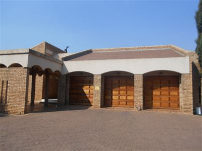Potchefstroom, Vyfhoek Property  | Houses For Sale Vyfhoek, Vyfhoek, House 3 bedrooms property for sale Price:4,100,000