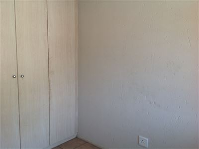 Klippoortjie property to rent. Ref No: 13386443. Picture no 4