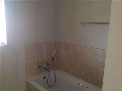 Klippoortjie property to rent. Ref No: 13386443. Picture no 5